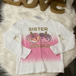Children place long sleeve tees. Size 5/6
